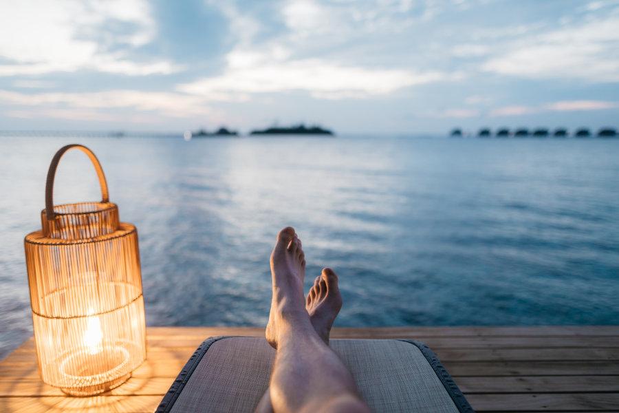 Widok na morze z pomostu obok latarenka ubezpieczenia-lodz.com